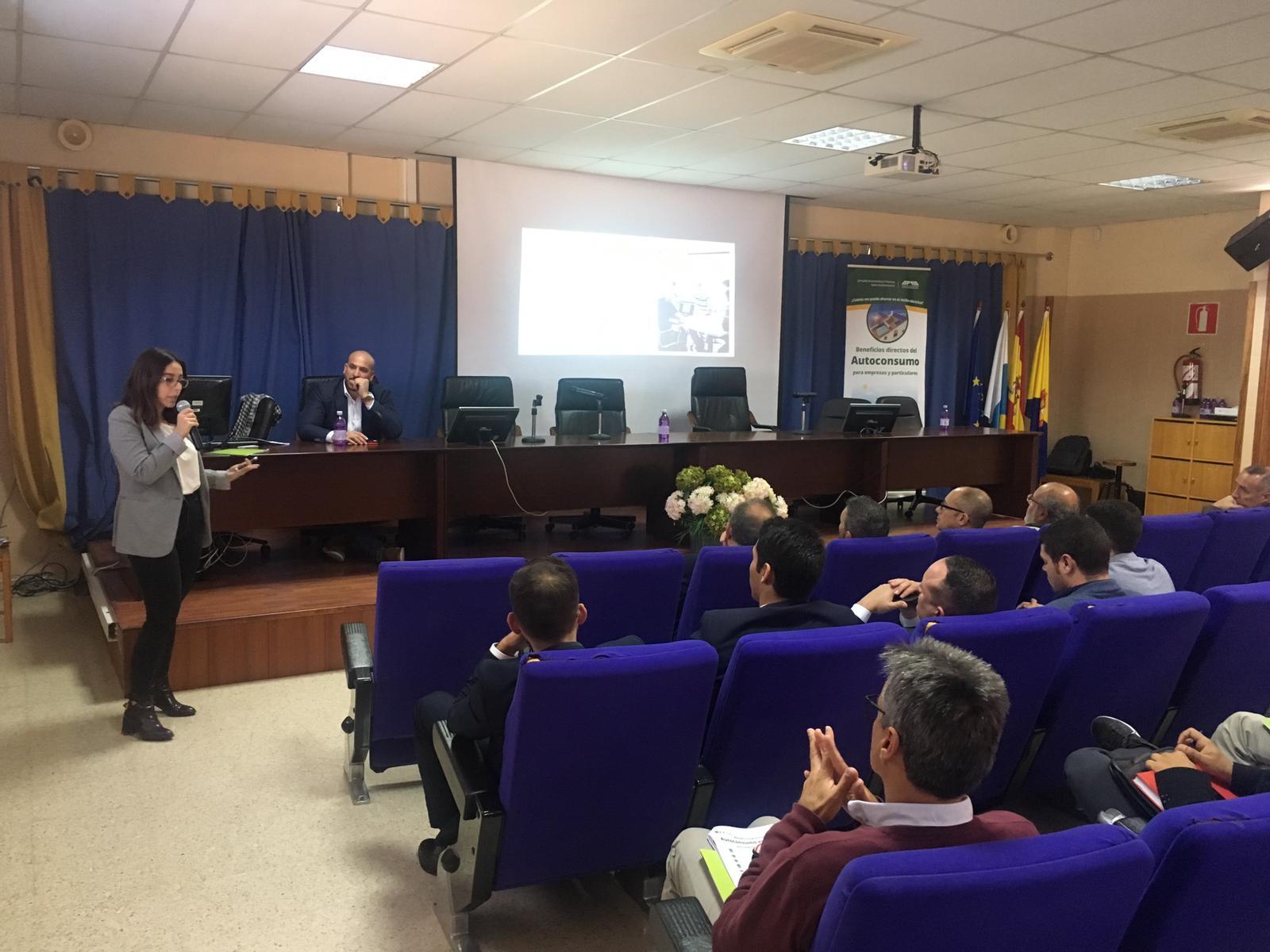 Participamos en una jornada sobre autoconsumo en Canarias